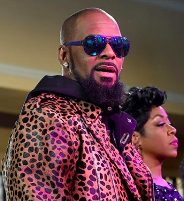 Facebook Reportedly Shuts Down R.Kelly Fan Page 'Surviving Lies' For Shaming & 'Bullying' Accusers