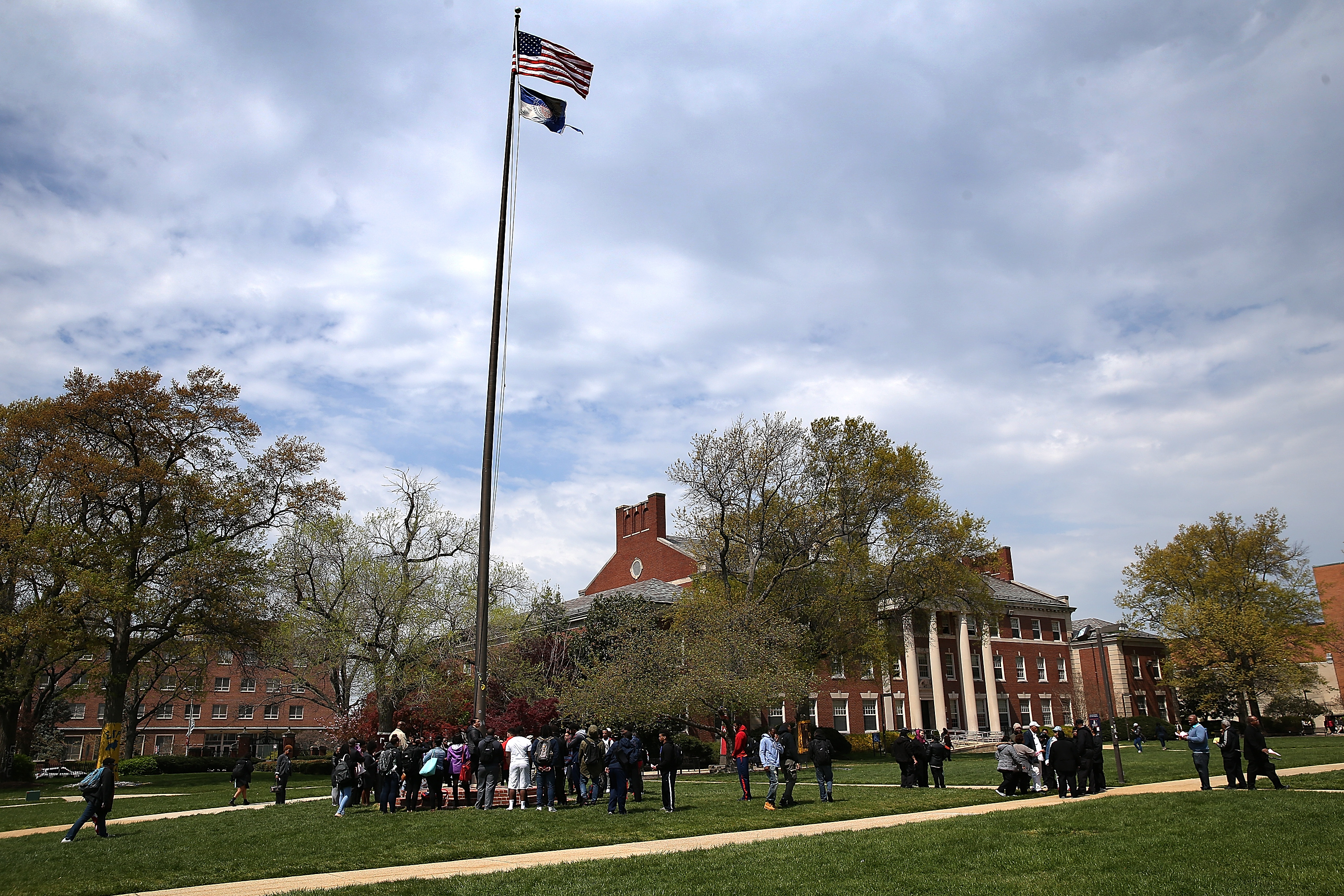 Howard University Will Not Be Gentrified: Students Say Their New Neighbors Are Using The Campus' Yard As A Dog Park