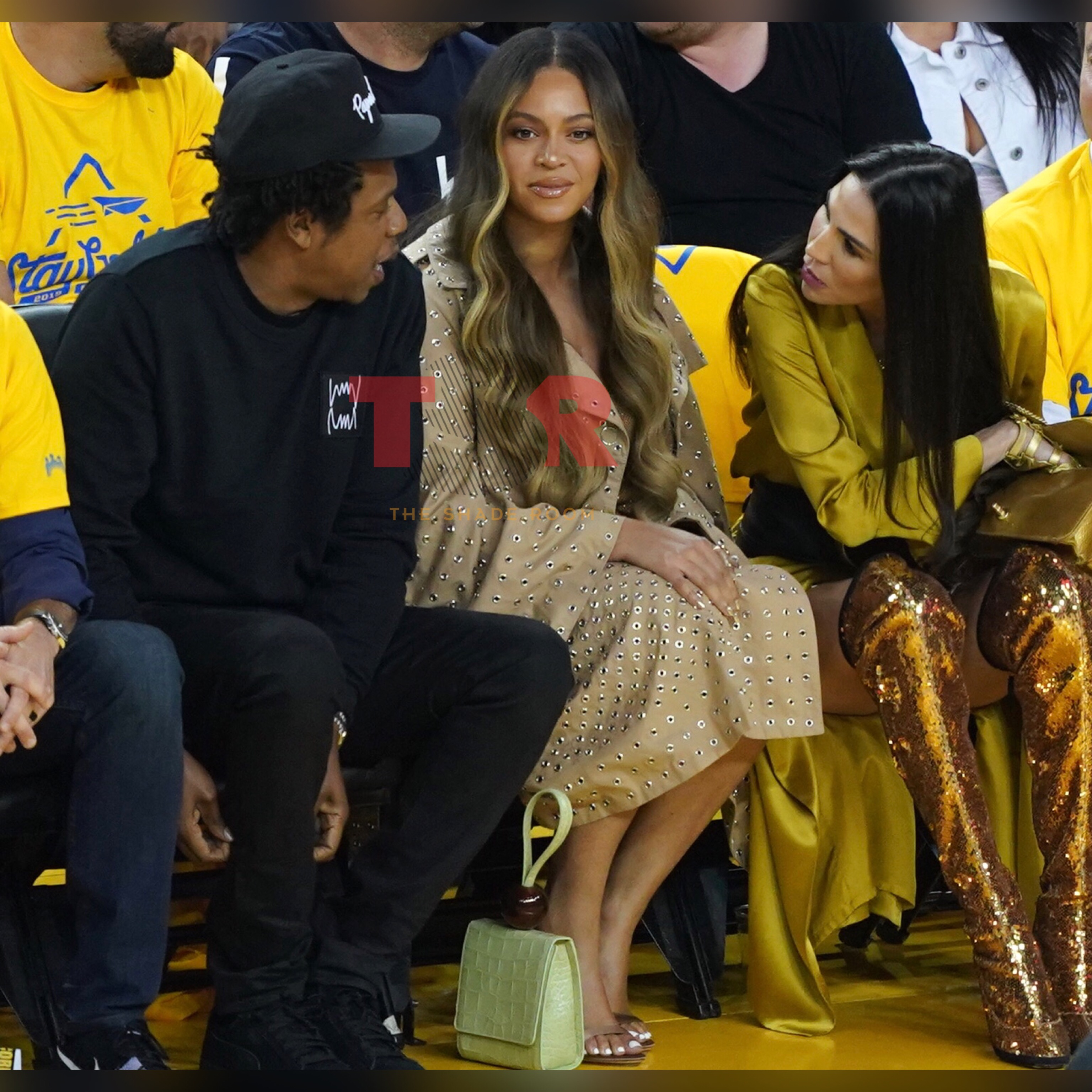The Beyhive Drags Golden State Warriors' Wife For Leaning Over Beyonce To Talk To Jay Z