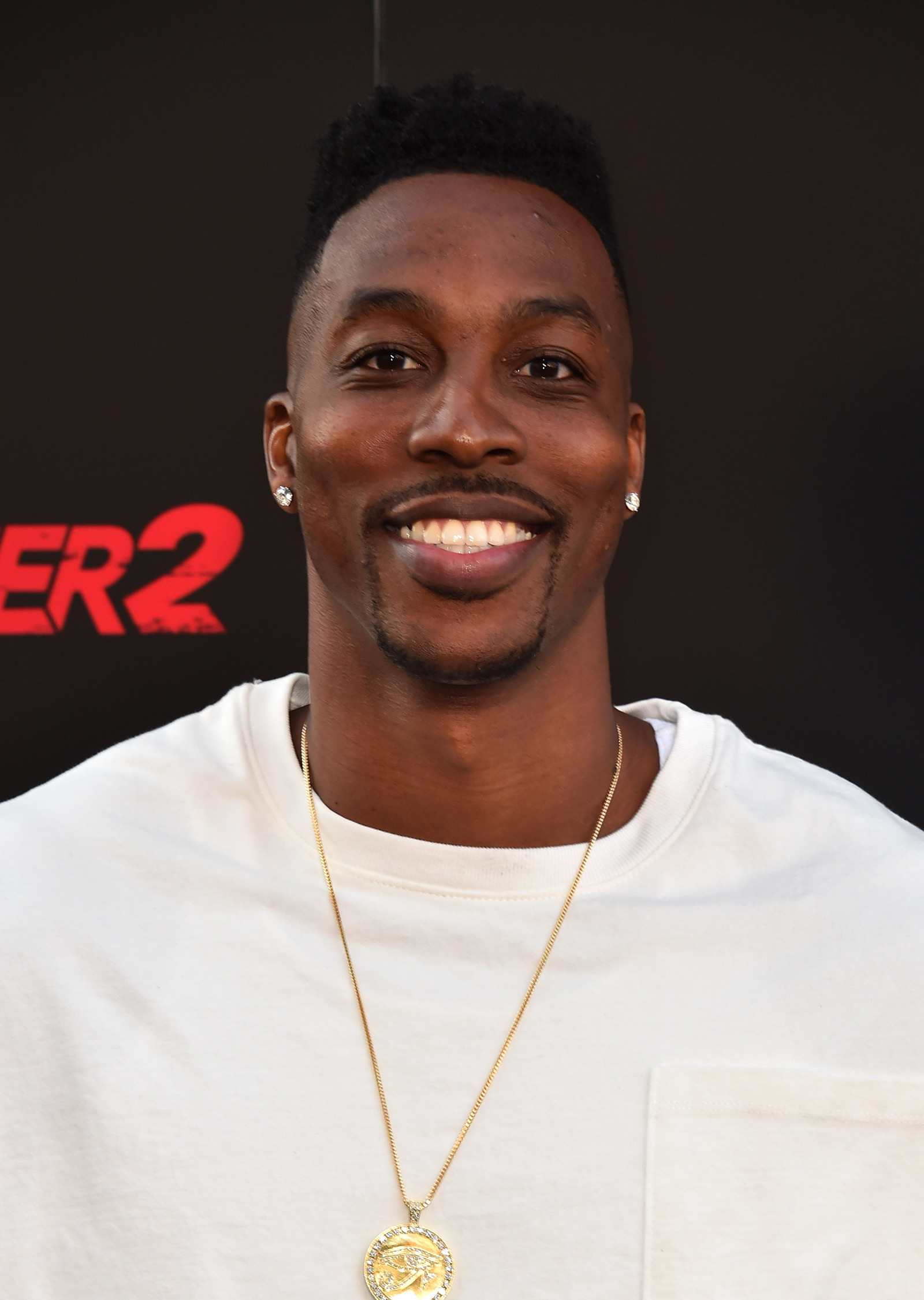 "Dwight Howard Sets The Record Straight On Sexuality Rumors In New Interview: ""I'm Not Gay"""