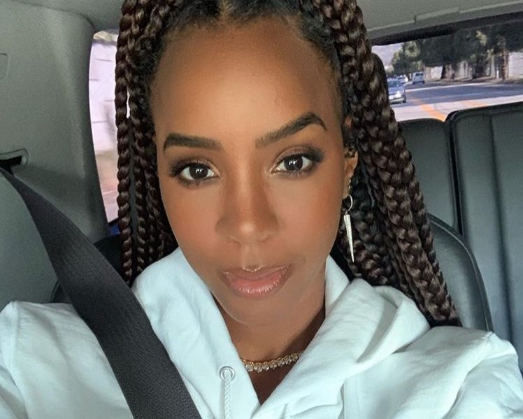 """Kelly Rowland Discusses Backlash She Received For Her Comments During Chris Brown's """"Nice Hair"""" Controversy"""