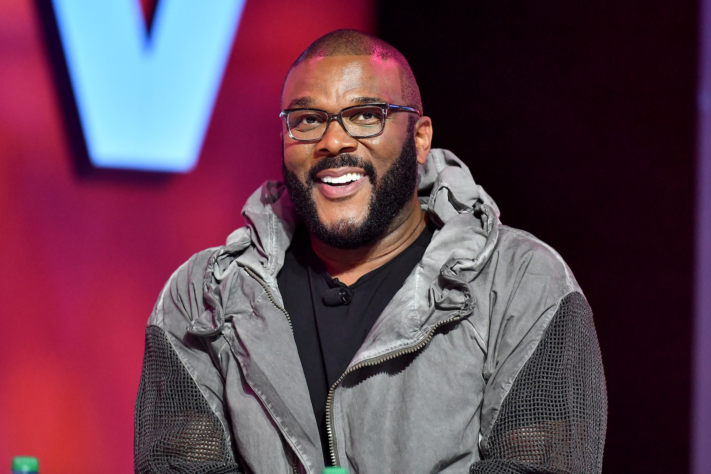 Tyler Perry to pay $14,000 hospital bill of couple stranded in Mexico