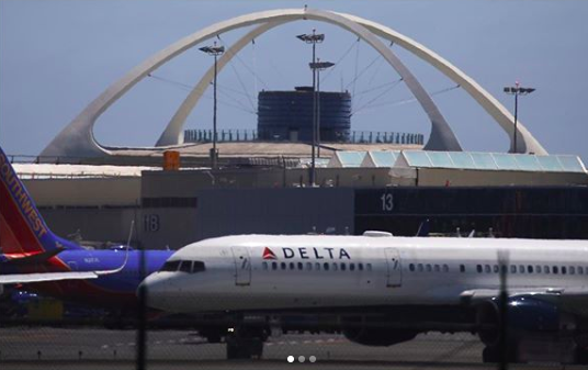 LAX Airport to ban all ubers and lyfts from picking up passengers curbside