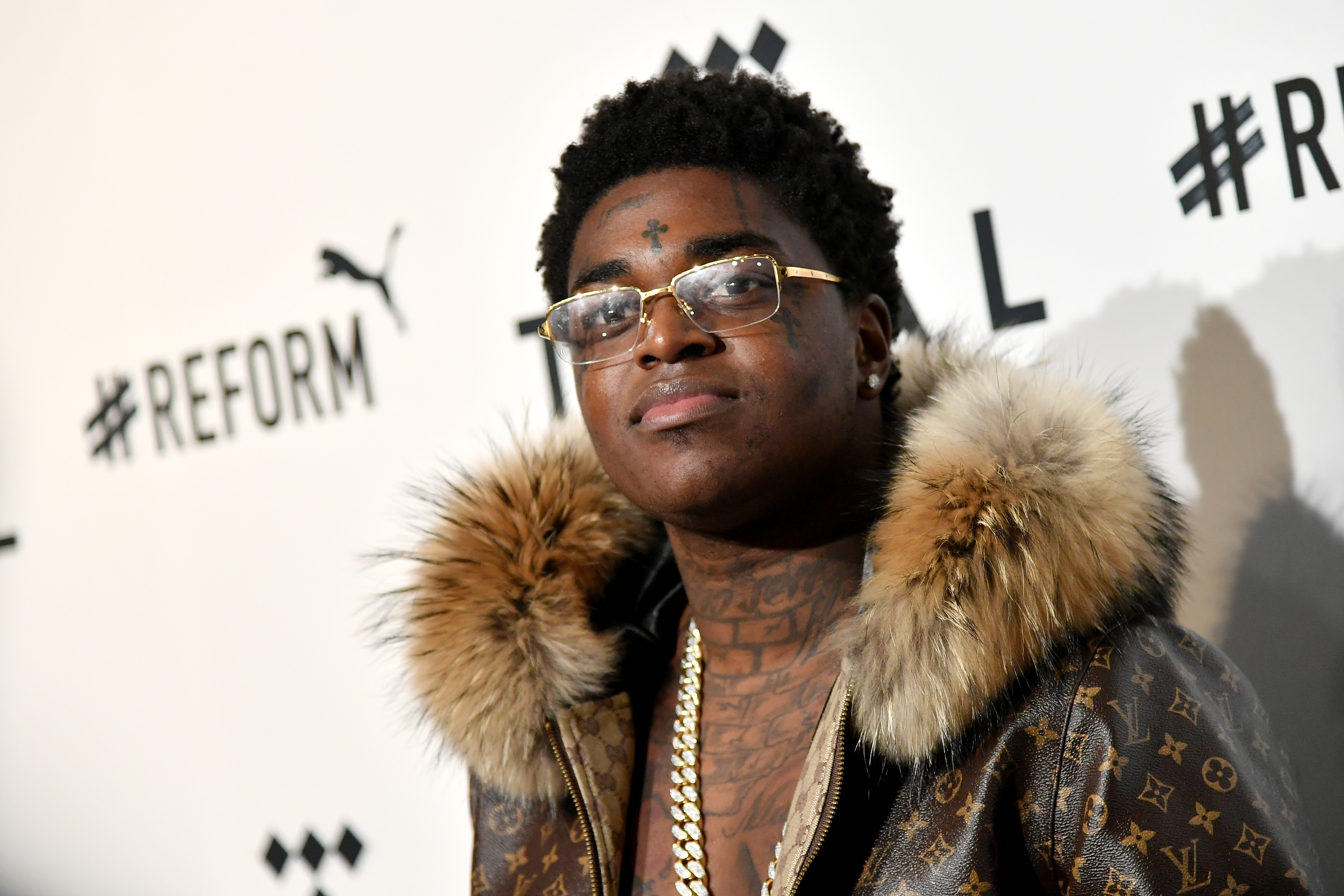Kodak Black is currently facing time in prison, however, that did not stop him from giving back to his community for the holiday season.