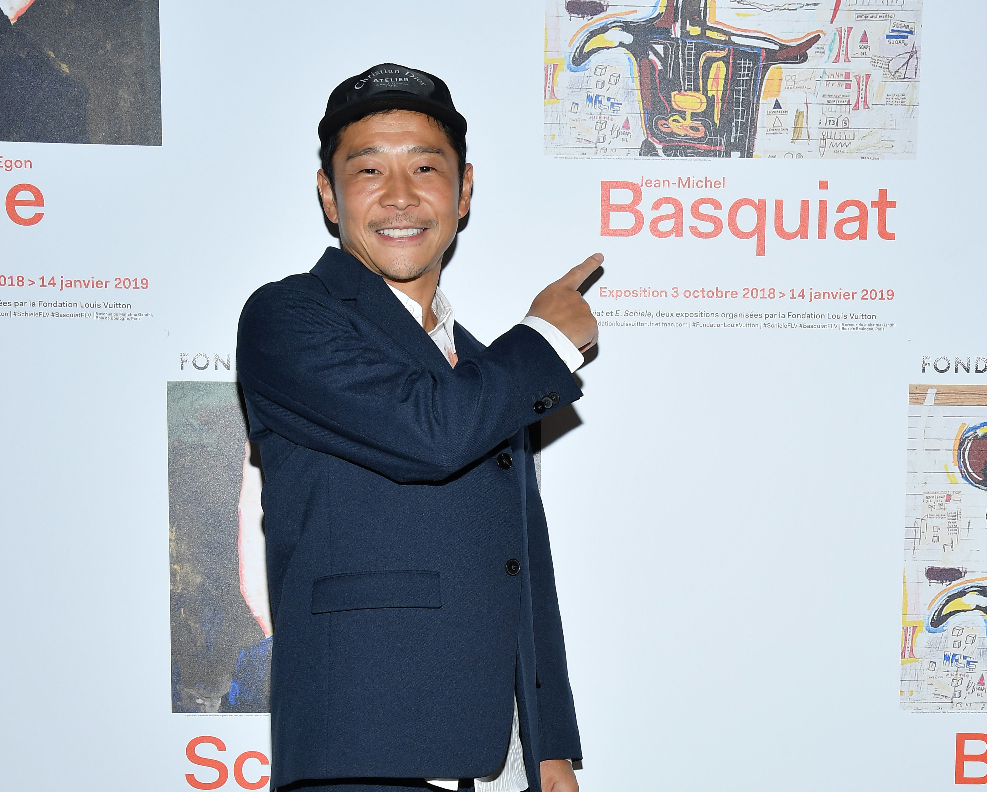 Japanese billionaire Yusaku Maezawa is giving away $9 million to 1,000 of his Twitter followers for a social experiment.